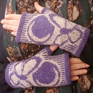 Moth Moon Mitts
