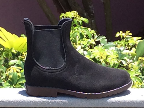 The Sloane Chelsea Boot in black