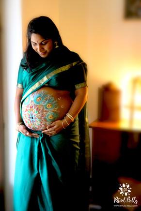 Bébé Krishna .jpg