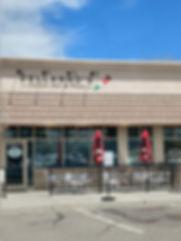 Dellannos Italian Deli & Pizza Storefront