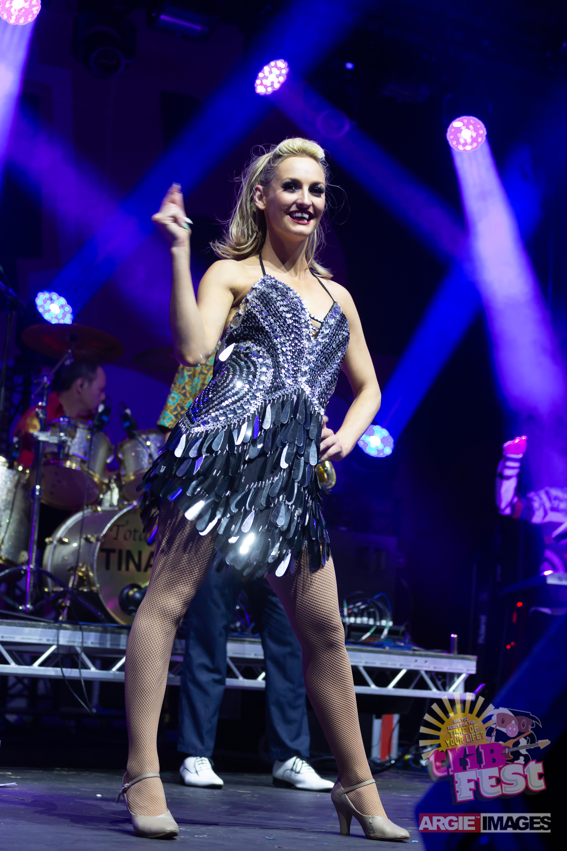 Jennifer Dance Captain Totally TINA