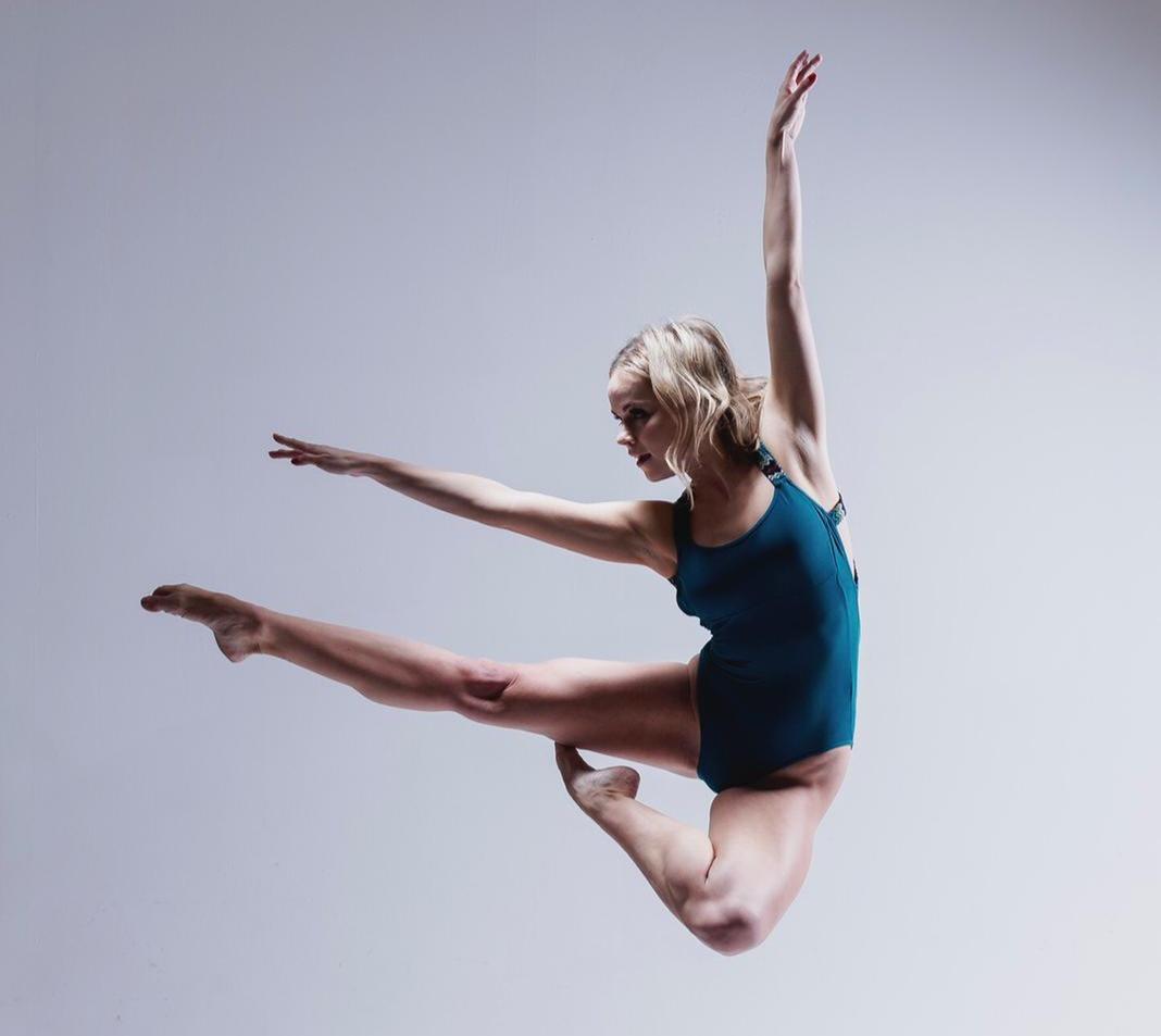 Charlotte Totally TINA Dancer
