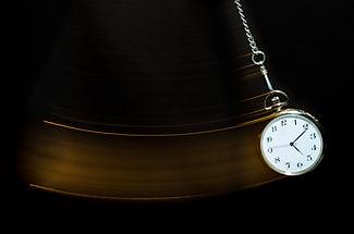 Swinging Hypnosis Watch