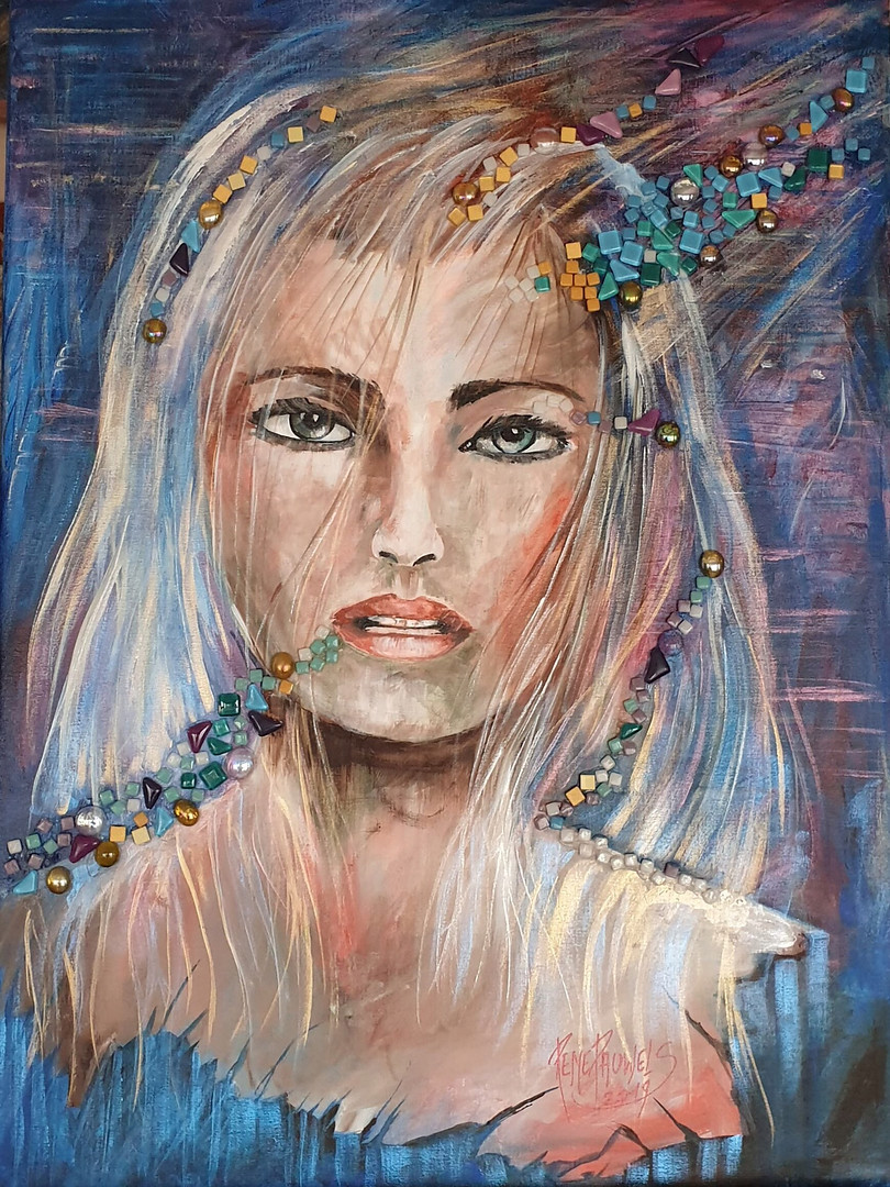 .Girl with glass mosaic stones
