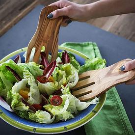 Olive_Wood_Salad-forks_Hands.jpg