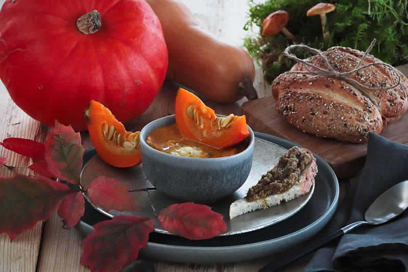 Kuerbissuppe-Herbststimmung.jpg