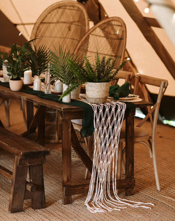 Macrame Runners with a Botonical vibe