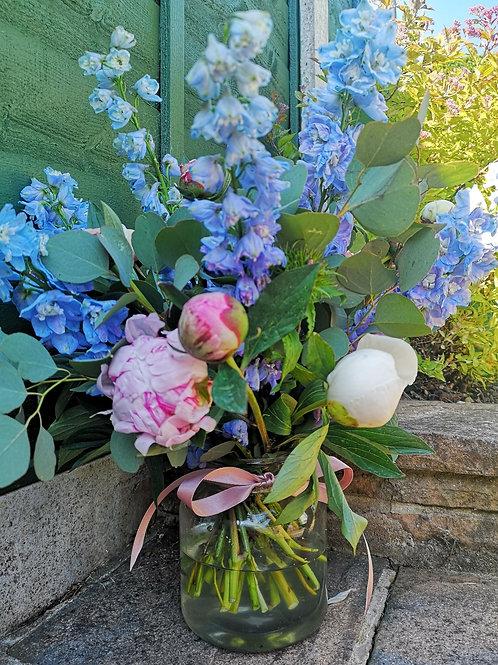 """""""Florist Choice"""" Vase Arrangement"""