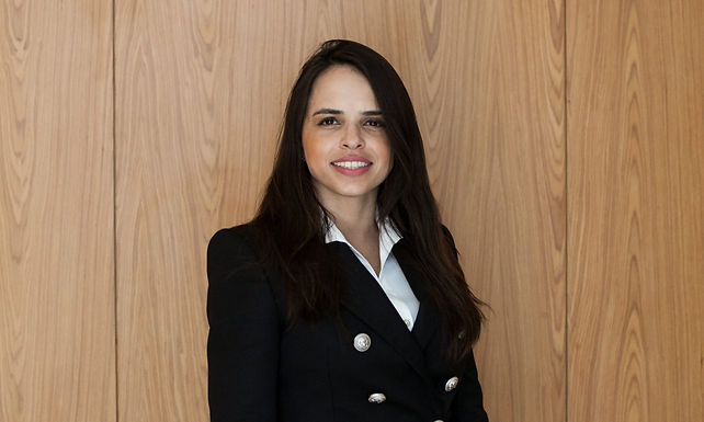 Ariane Costa Guimarães