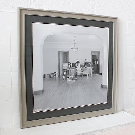 Pritn framing, picture framing mounting and framing.