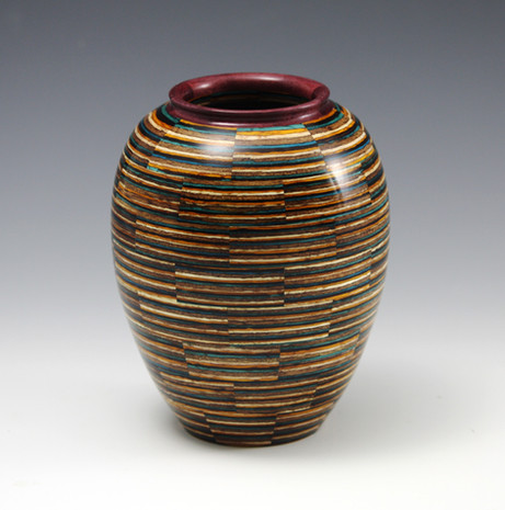 Laminated vase