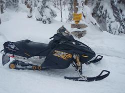 feb 14 snowmobile 018.jpg