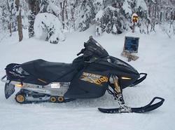 feb 14 snowmobile 017.jpg