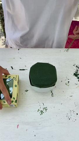 DIY WHITE & GREEN ARRANGEMENT