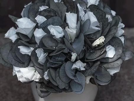 DIY Arrangement with Eucalyptus Cinerea and Blue Margarita Rose