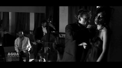 Karina Moscol- AGUA película de Vicente Perez Herrero