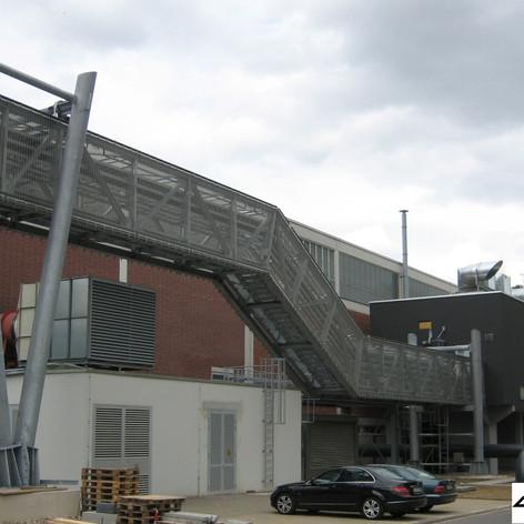 DLR - Neubau Kabelbrücke