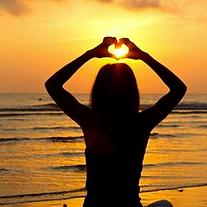 yoga-valentines-sillouhette.png