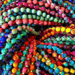 Upcycling vintage saris into Sari Silk Necklaces