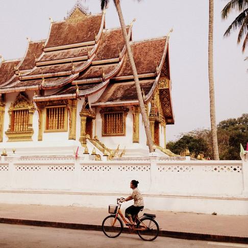 Travel Guide: Textile Hunting in Luang Prabang