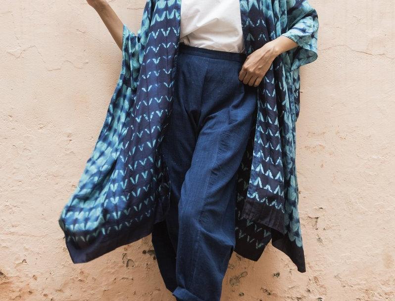 Itajime Silk Reza Robe   aquiline