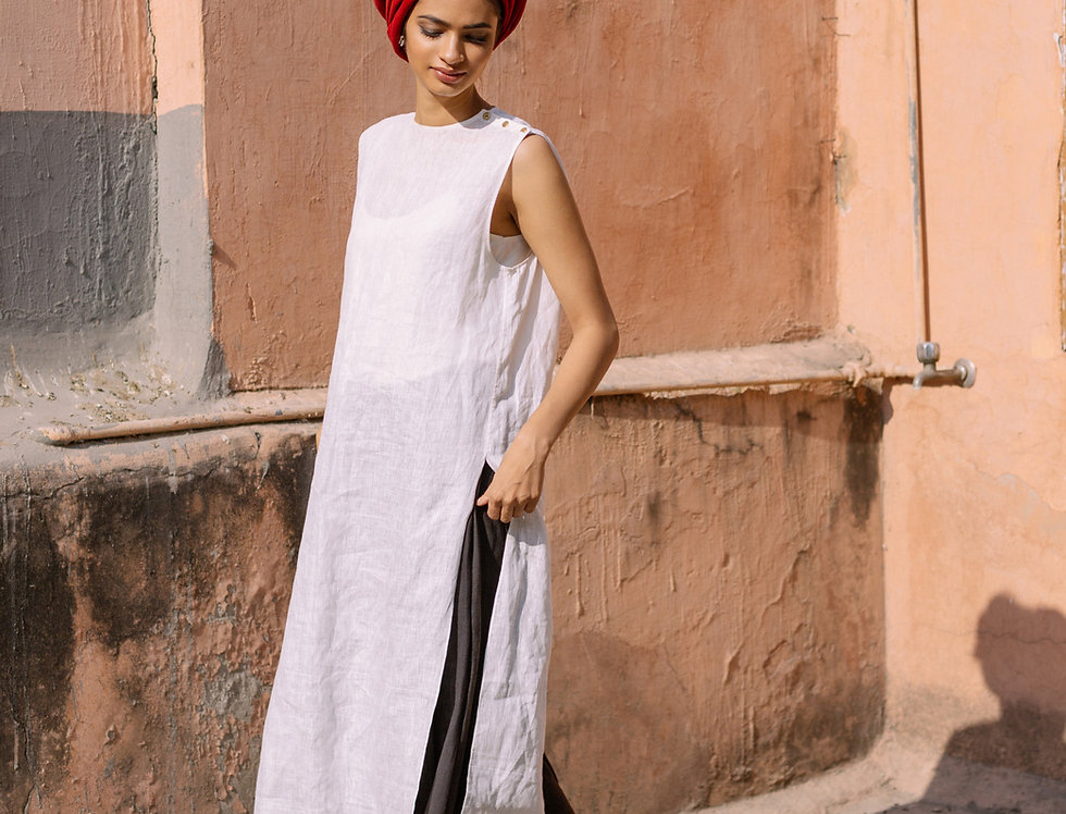 Linen V-back Tunic | crisp white