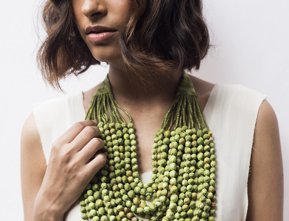 Sari Bead Necklace - 22 string | lime