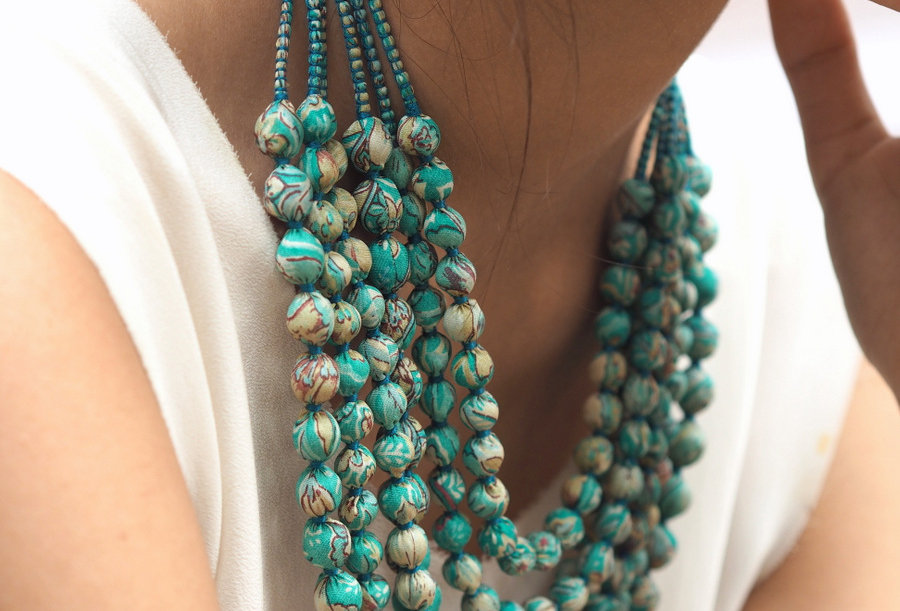Sari Bead Necklace - 6 string | mottled turquoise