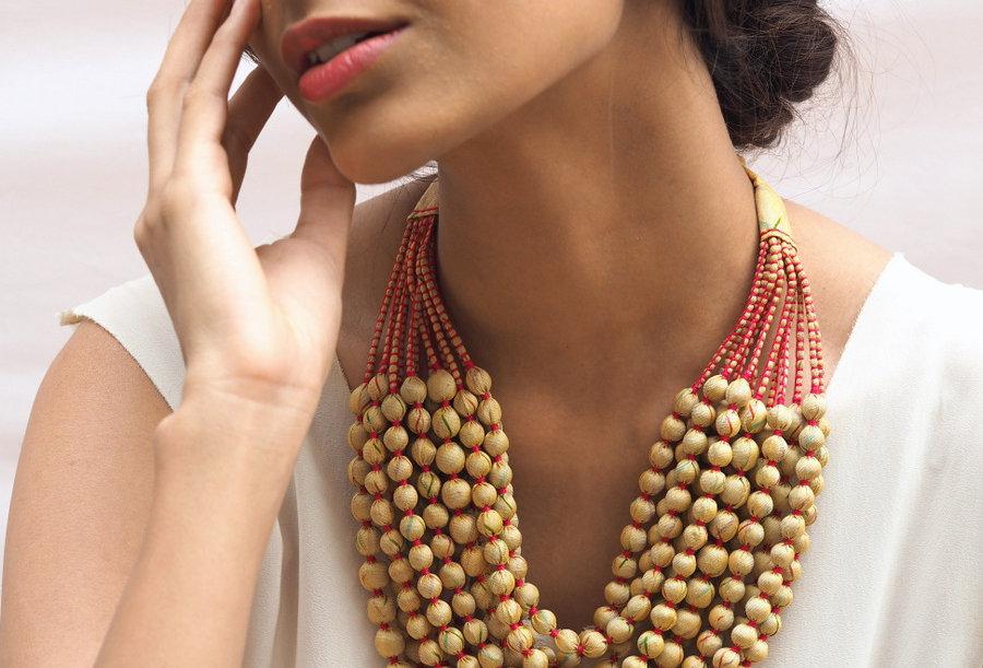 Sari Bead Necklace - 12 string | cream