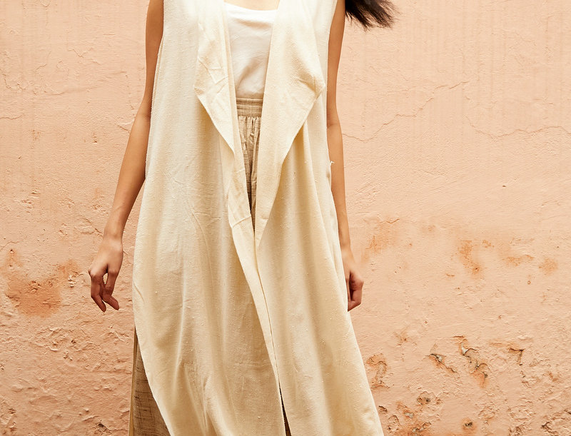Eri Peace Silk V-back Overlay | ivory