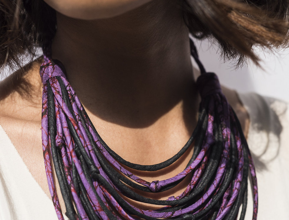 Sari String Necklace | purple & black