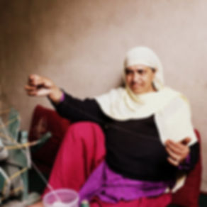 Pashmima spinning artisans Kashmir