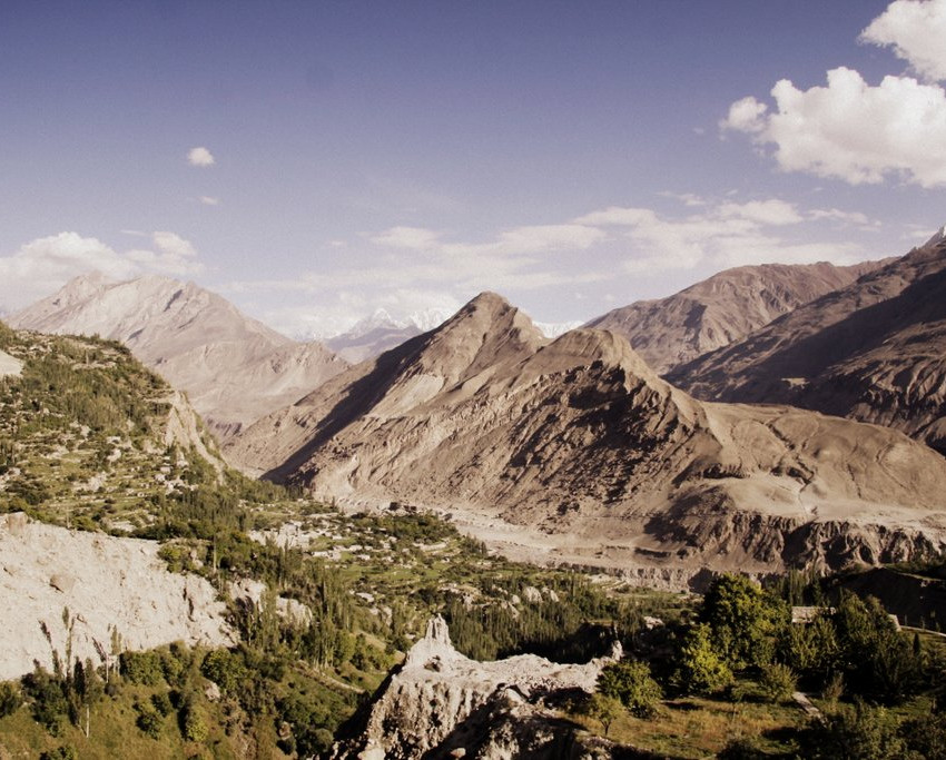 The view from Baltit Fort of the Indus Valley.