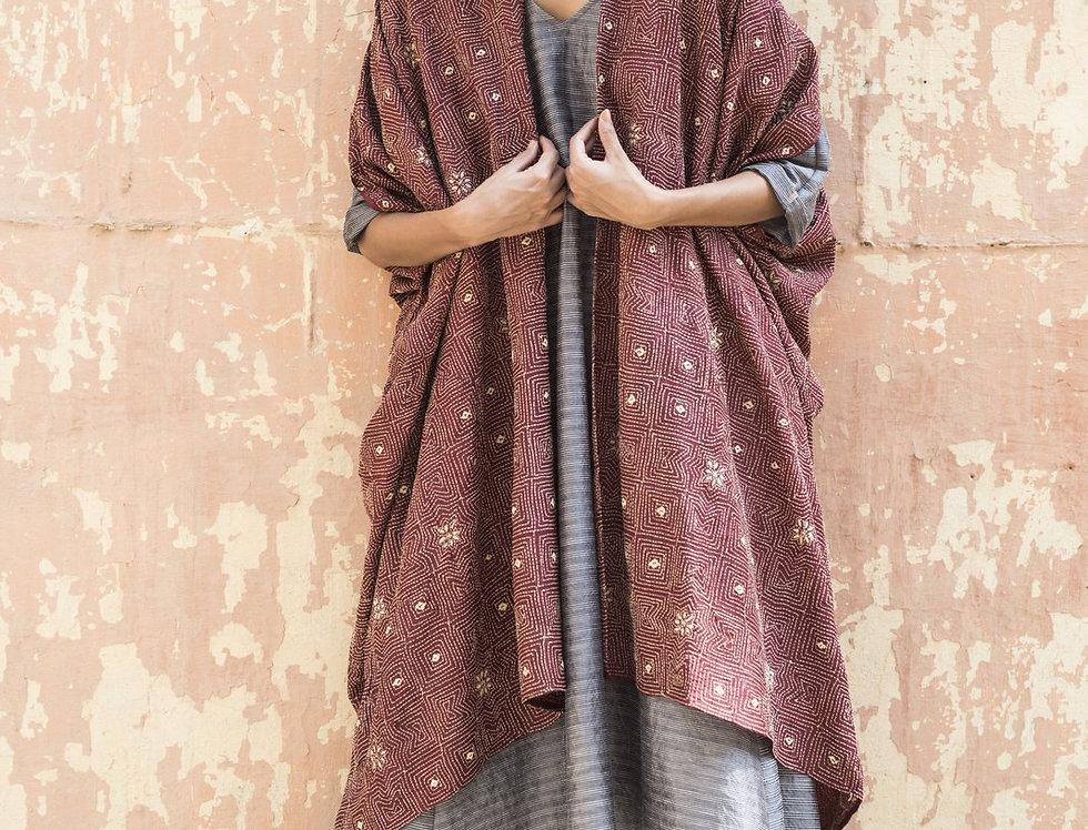 Kantha Tussar Dune Robe | burgundy