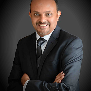 Vinod Sankar Headshots