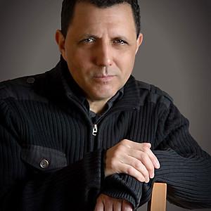 Roberto Ragone Headshots