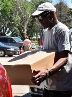 Mobile Pantry Volunteer