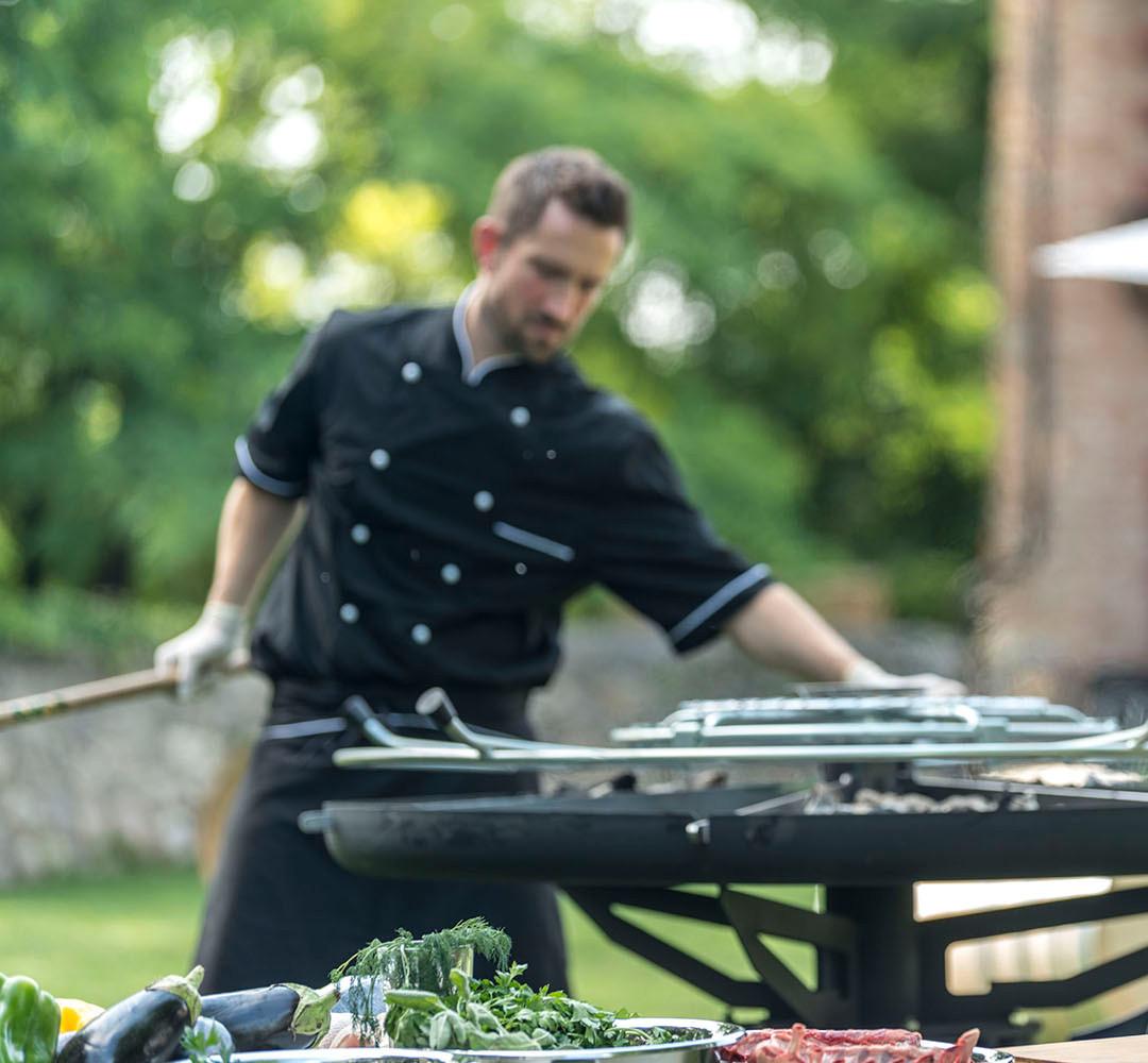 GiraBrace. Barbecue Rotate the hob