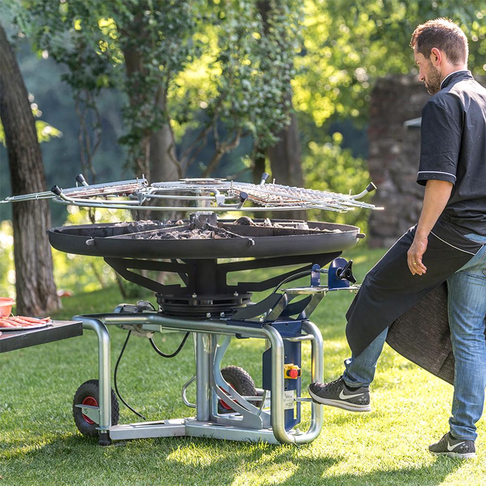GiraBrace. Barbecue raise the hob
