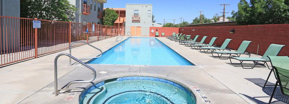 Pool hot tub - Copy.jpg