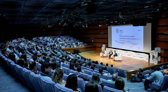 Conferencia con Caja Canarias y La Caixa