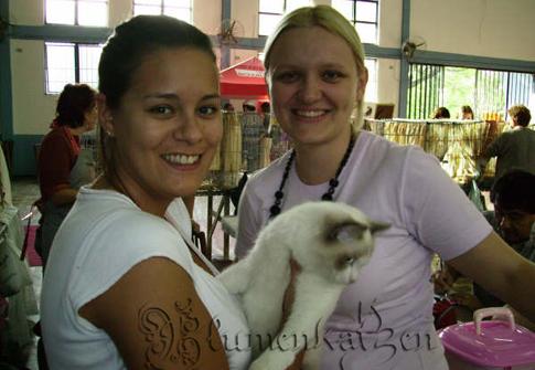 Cris, Cayla e eu