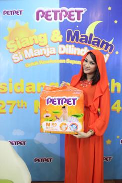 Dynas Mokhtar, PETPET Brand Ambassador.J