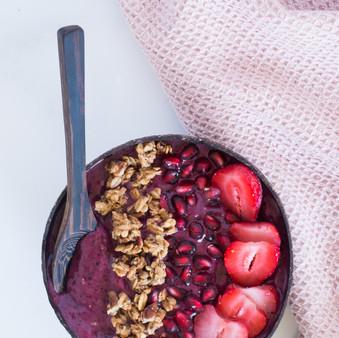 Wild Blueberry Yogurt Smoothie Bowl - Vegan