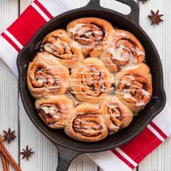 Christmas Morning Maple Cinnamon Rolls - Vegan