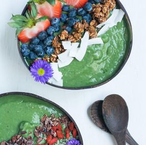 Green Monster Spirulina Smoothie Bowl | Nutrient Dense & Antioxidant Rich Vegan Snack Recipe