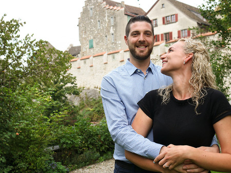Verlobungsfotos am Rheinfall mit Jasmine und Florian