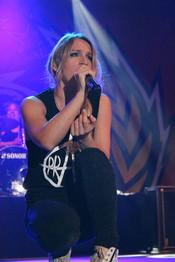 Sandra Nasić von den Guano Apes - Konzertfoto.