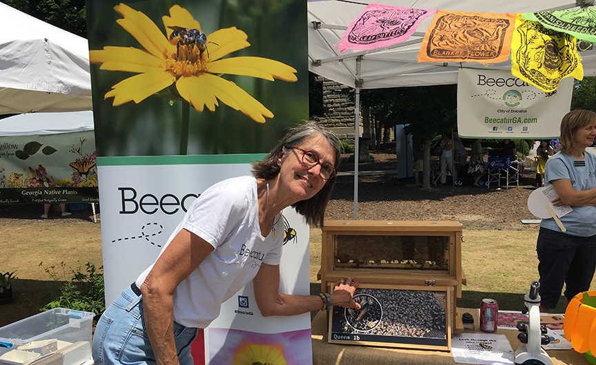 Beecatur's observation hive is always a hit