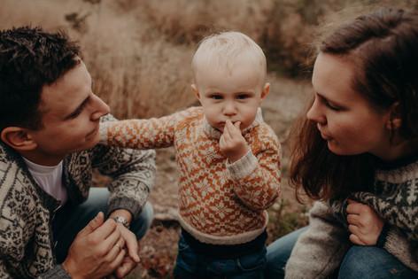 Familiefotografering av Born Wild Photgoraphy. Oslo, Elverum, Innlandet.